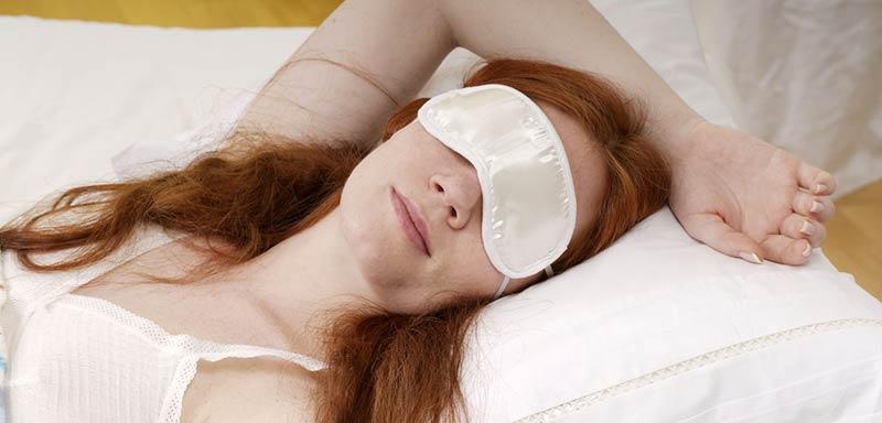 dove si compra mascherina per dormire