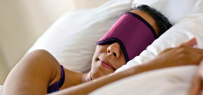 A cosa serve una mascherina per dormire